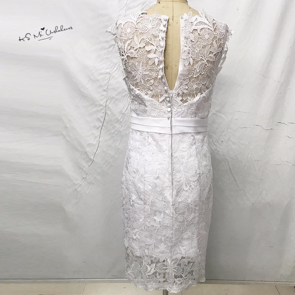 Elegant Cap Sleeve Lace Appliques Button Short Wedding Dress