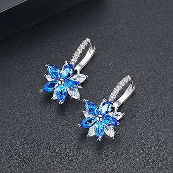 LUOTEEMI-Cute-Romantic-Lovely-Clear-Stone-Flower-Shape-Convenient-Simple-Stud-Earrings-Copper-Cubic-Zirconia-For.jpg