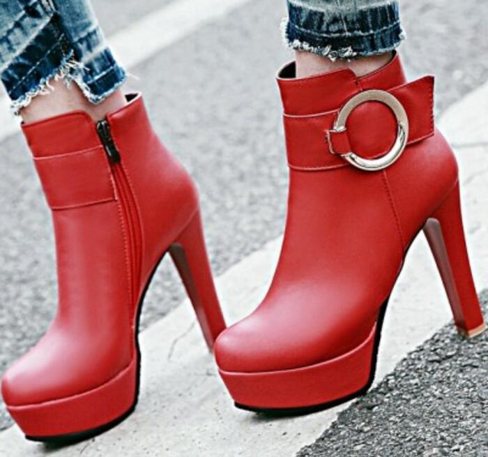 68fbc436c5d6e Talons Femelle Chaussures Mujer Mode Hiver Black Cheville Plate G61216 Femme  Martin Zapatos Dames red De Mariage Pompes Femmes forme Filles Haute Bottes  ...