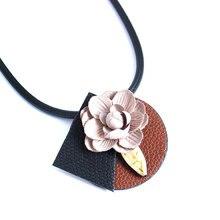 F & U Новое Прибытие Черная Кожа Ожерелье с Различными Цветами Лотоса Цветок Ожерелье для Женщин