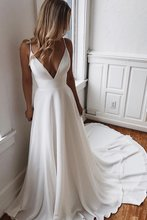 LORIE Beach Wedding Dress 2019 Spaghetti Straps Princess Vintage Bridal V Neck Gown