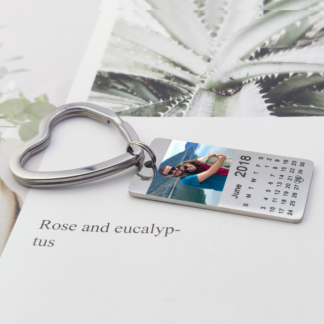 MYLONGINGCHARM  personalized colour photo calendar keychain love date gift for women family gift 2