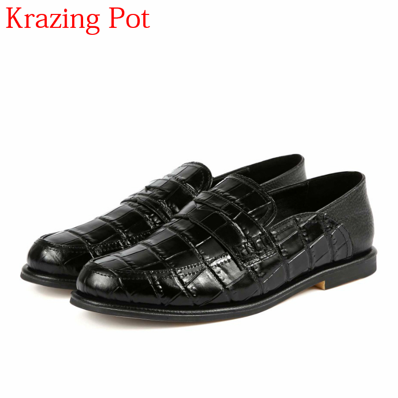 2018 Superstar Retro Cow Leather Spring Shoe Round Toe Slip on Women Pumps Thick Heel Superstar Runway Handmade Casual Shoes L07 2018 superstar genuine leather streetwear med heels tassel slip on women pumps round toe retro sweet handmade casual shoes l03