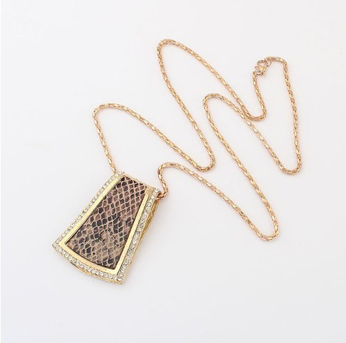 Europe and the new trend of atmospheric snake necklace, sweater chain+ FREE SHIPPING# 97744#H88