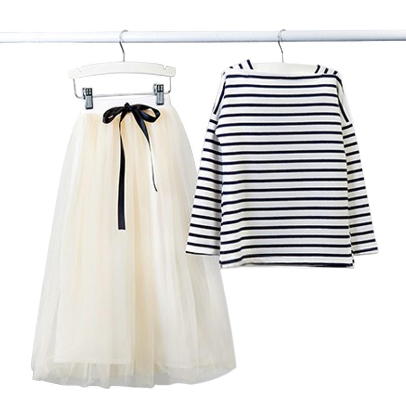 Girls Set 2019 Nya Koreanska Barnkläder Tonåring Barnkläder Striped Fullärmad T-shirt + Långkjol 2 Piecesets Ålder 3-14