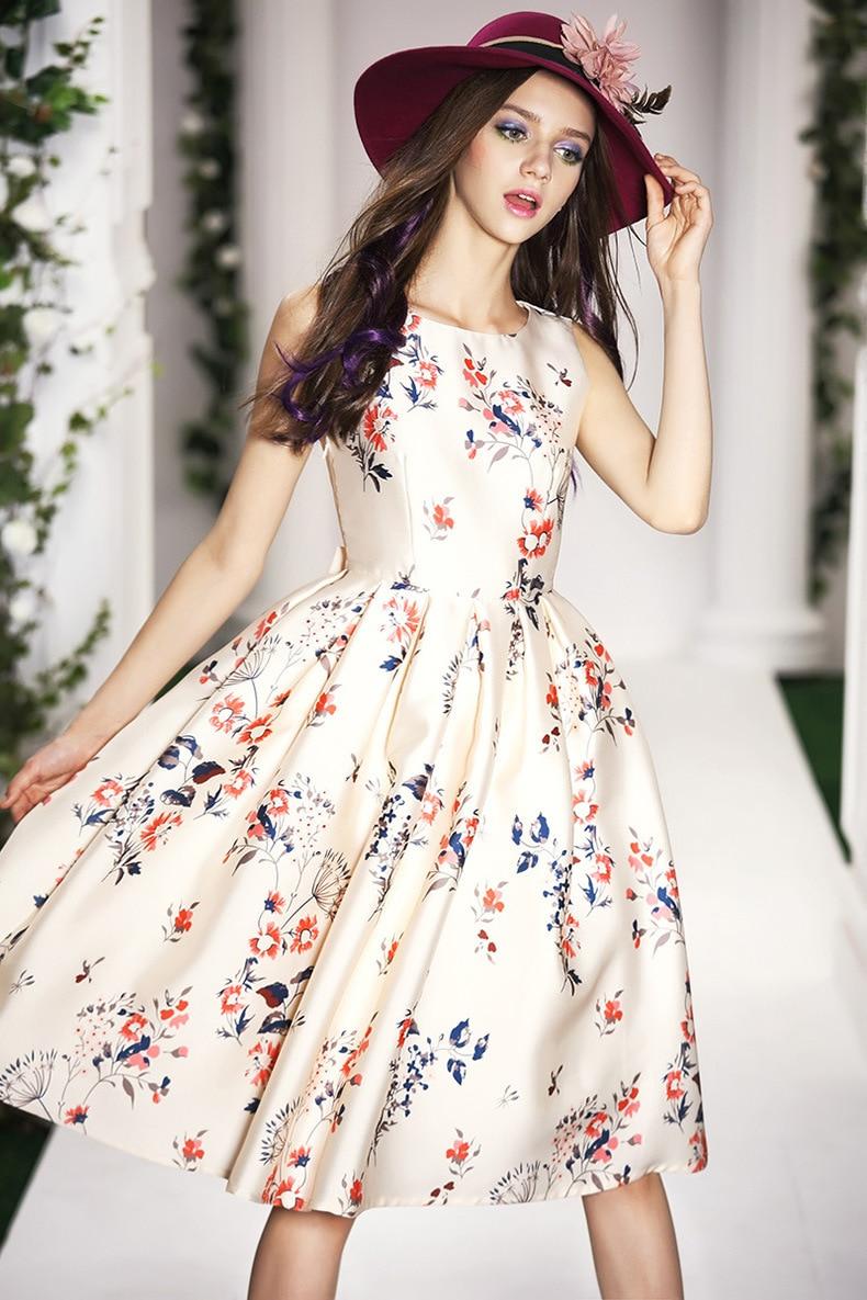 Style fashion classic dress