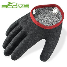 Booms Fishing Free-Hands Fishing Gloves Waterproof and Provide Better Grip and with Magnet Release