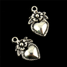 30pcs 15x12mm Tibetan silver Flower Heart Strawberry Fuit Lobster Claw Clasp Charm Beads Jewelry DIY for necklake key ring