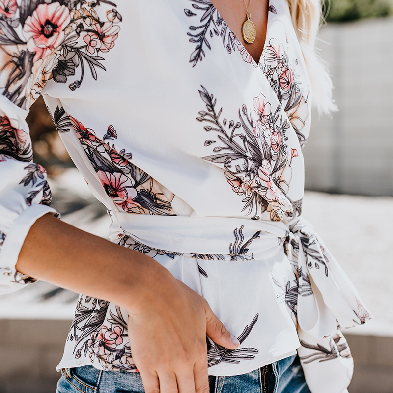 2018 Fashion Autumn Women Floral Print Blouse Lantern Sleeve V-neck Sweet Bow Sashes Blouse Casual Female Blouse Shirt zevrez 9