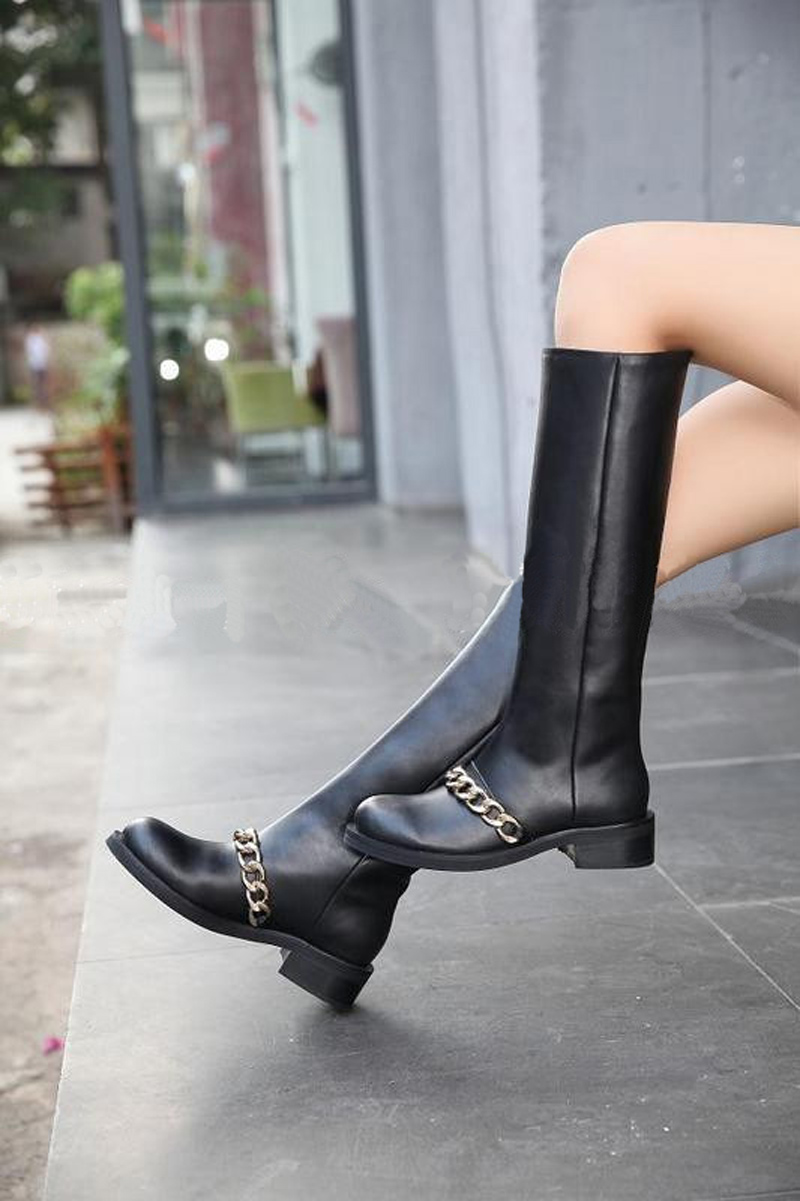 Hot Selling Slip On Round Toe Chains Decor Knee High Boots Fashion Boots Sexy Square Heel Black Boots Women Motorcycle Boots