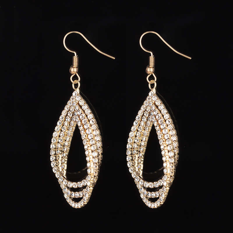 ... YFJEWE Femme Drop Earrings for Party Newest Shiny Crystal Earrings  Charming Earrings for Women Fashion Jewelry ... 8483d68b8ce5