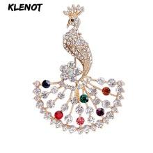 купить Luxury Rhinestone Peacock Brooch Pins Crystal Animal Pins and Brooches for Women Dress Decoration Wedding Bridal Party Jewelry по цене 253.43 рублей