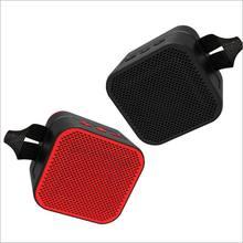 Ao Ar Livre portátil Bluetooth Alto-falantes HiFi Speaker Surround 3D TWS À Prova D' Água Suporte de Som mp3 APE AUX Tf Subwoof