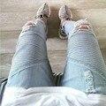Agujero Mens BIKER JEANS Skinny Jeans Rasgados Para Los Hombres Británicos Alta de la calle Jeans Gastados de San Valentín Freeshipping
