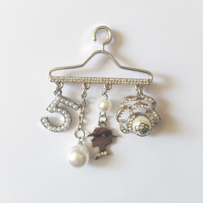 Crystal Hijab Pins Safety Pin Hanger Pearl Pendant Brooch Jewelry Rhinestone Brooches For Suit Scarves Corsage Sweater Collar