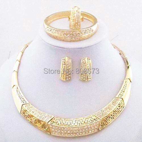 Chapado En oro AAA Cristales Anillo Bangle Jewelry Set Collar Pendientes Sistemas de La Joyería Africana de La Manera de Las Mujeres