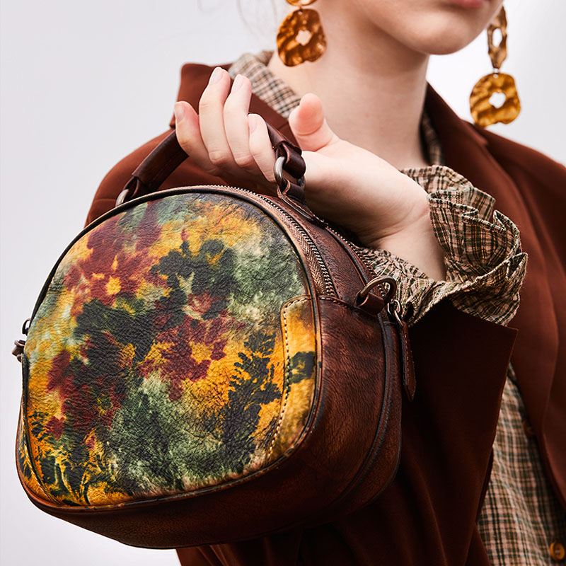 Women Floral Handags Retro leather Round Small Totes Diagonal Flower Imprint Nature Cow Skin Crossbody bag Famous Brand Women Floral Handags Retro leather Round Small Totes Diagonal Flower Imprint Nature Cow Skin Crossbody bag Famous Brand