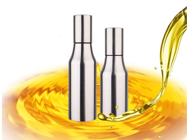 1PC 750ML Oil Dispenser In Kitchen Gravy Boat Stainless Steel Oil Can Leak  Proof Kitchen Supplies Bottle Soy Sauce Olive KD 1451