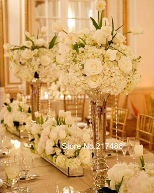 Gold polished metal trumpet vases wedding centerpieces