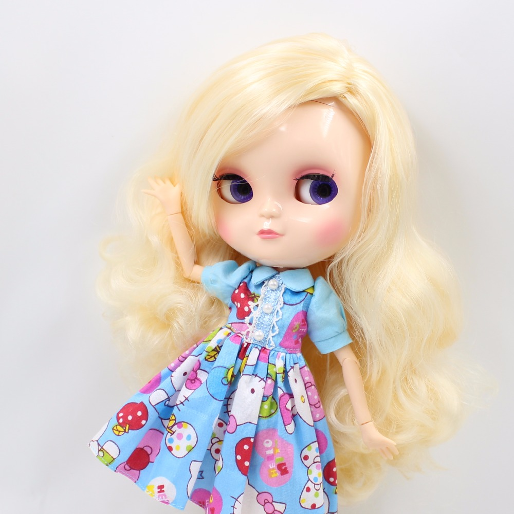 Neo Blythe Doll with Yellow Hair, White Skin, Shiny Face & Jointed Azone Body 2