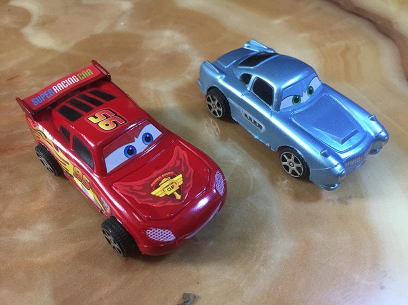 4PCS-Die-casts-Set-An-inertia-car-Alloy-Back-Model-Car-Suit-Baby-Children-Toy-Car-Hot-Wheels-Machines-Kids-Toys-2