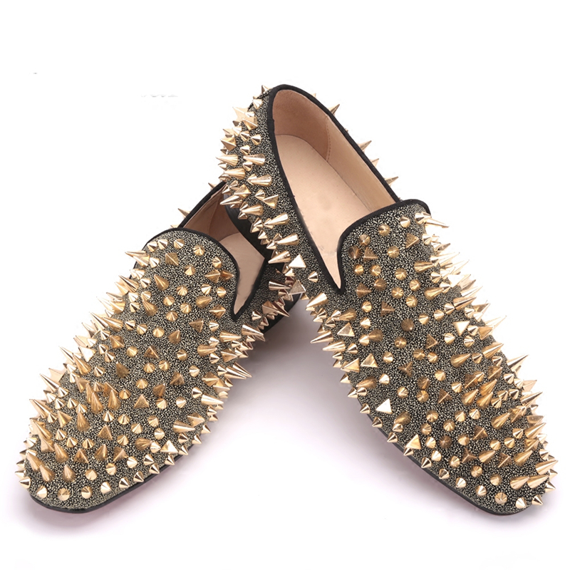 Handmade Long Gold Rivet Men Red Bottom Loafers Gentleman Luxury Fashion Stress Shoes r Men Wedding and Party  mens dress shoes handmade red suede men shoes with gold rhinestone and gold toe metal party and banquet men dress loafers male s flats