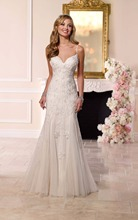 Spaghetti Strap Sweetheart Lace Appliqued Luxury Beaded Fairy Wedding Dresses 2016 New Collection
