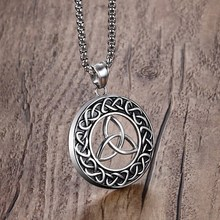 Mprainbow Mens  Vintage Irish Celtics Trinity Love Knot Round Triquetra Pendant Necklace Stainless Steel Male colares Jewelry