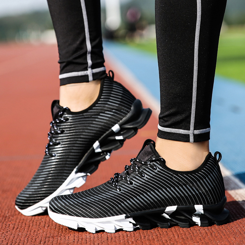 2018 New Arrival spring Running Shoes Mens Sport Sneakers High Quality Male Jogging Shoes Athletic Sneakers Black White Orange