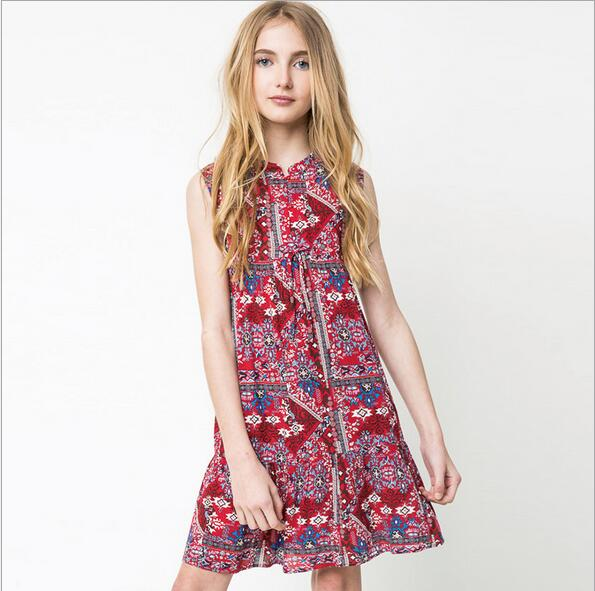 Junior fashion clothing stores