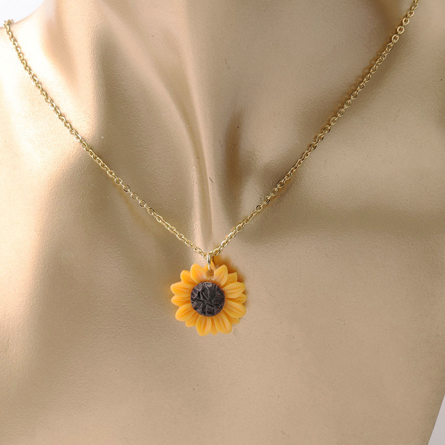 New Sunflower Pendant Necklace Silver & Gold Chain 15mm 18mm 25mm Resin Flower Collar Necklace for Women Girl Jewelry Gift