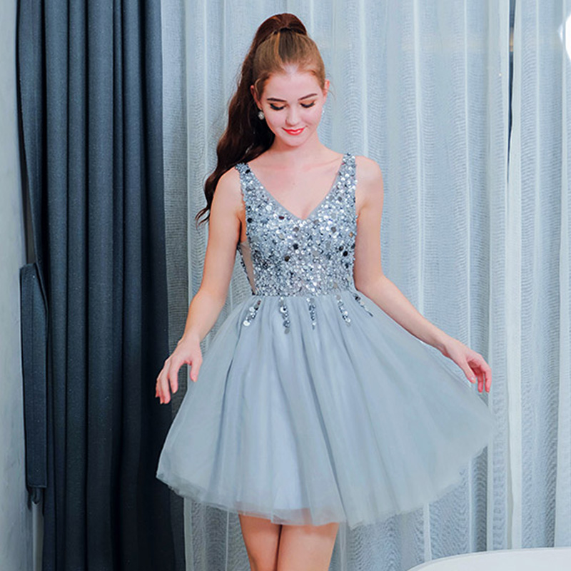 Cocktail Dress Sexy V-neck Backless Cocktail Dress 2019 Elegant Sleeveless Crystal Party Woman Plus Size Mini Robe Cocktail E585