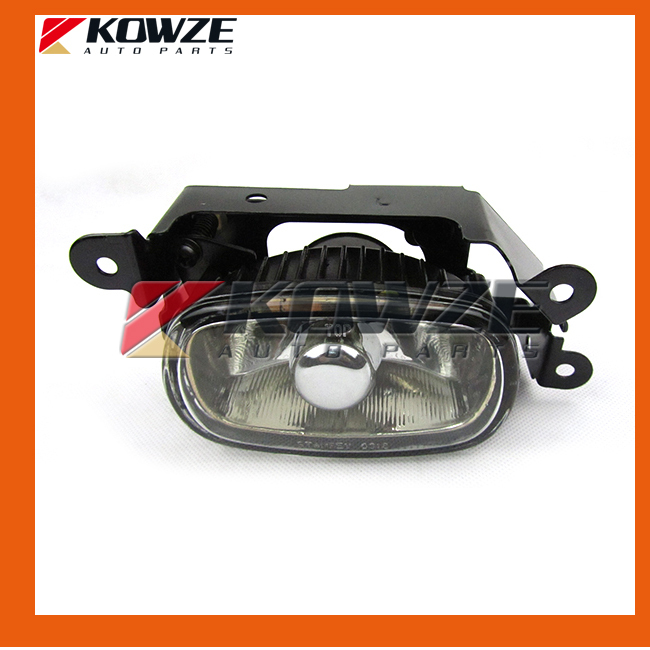 ФОТО Front Fog Lamp Light For Mitsubishi Outlander Airtrek 2001-2004 8321A075 8321A076