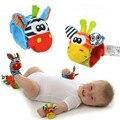 4 Шт. (2 Шт. Носки + 2 Шт. Запястья) Горячий Новый Младенческая Baby Дети Носок И Запястье Погремушки симпатичные Интеллектуальной Развивающие Игрушки Животных
