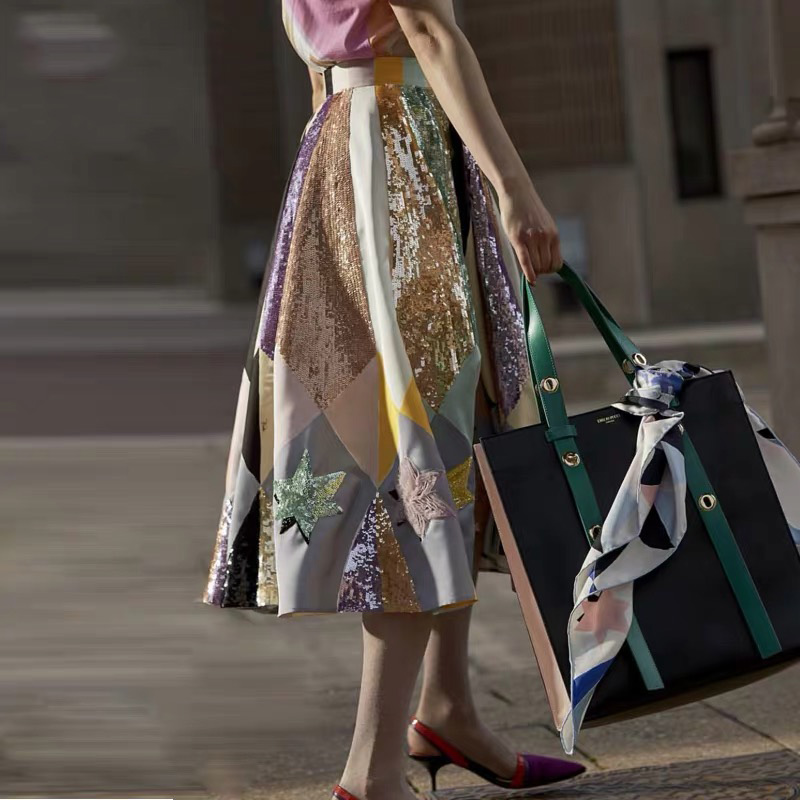 Qualité piste Design élégant femmes Empire taille Chic contraste couleur pailletée robe de bal jupe été mode broderie jupes