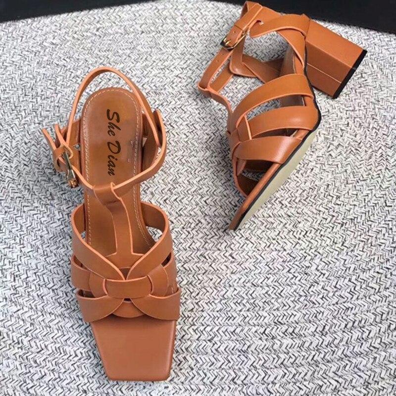 Klassieke lente en zomer hoge hak vrouwen sandalen echt lederen geknikte back strap pompen leisure vrouwen schoenen big size 34  42-in Hoge Hakken van Schoenen op  Groep 2