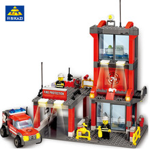 Купить с кэшбэком Fireman toys 300pcs Super Large Fire Station Building Blocks Compatible with Lego City Fire Engine Bricks brinquedo Boy's Gift