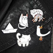 Kawaii pins Cute brooches White cat butt Funny kitty Boat Lapel pins Enamel badges Cute animal jewelry Pins Drop shipping(China)