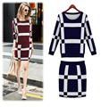 2015 New women clothing set Knitted crop top and skirt set sport suit women women 2 piece set sweater+skirts black red
