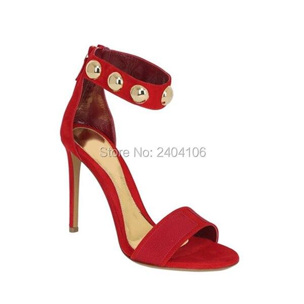 Livraison directe Faux daim noir rouge Sandales Femme métal or Rivets Stiletto chaussures d'été femmes bout ouvert chaussures à talons hauts Sandales
