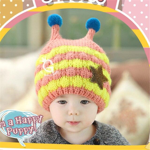New Hot Baby Handmade Cartoon Bee Pattern Crochet Earflap Hat Beanie