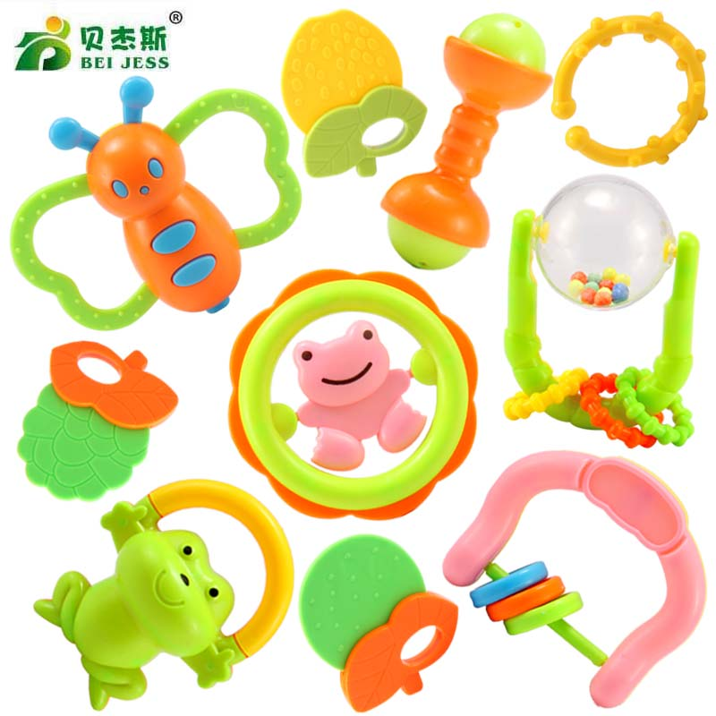 BEI JESS 10Pcs  Set Cute Cartoon Rattle Soft Teether 0 - 12 Months Baby Bed Bell Instrument Toys Gifts Random style and color
