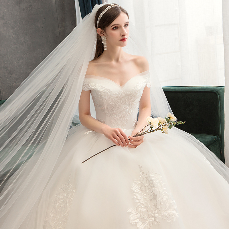 Sexy Sweetheart Lace Ball Gown Boat Neck Wedding Dresses 2019 Applique Beaded Flowers Chapel Train Bride Gown Vestido De Noiva