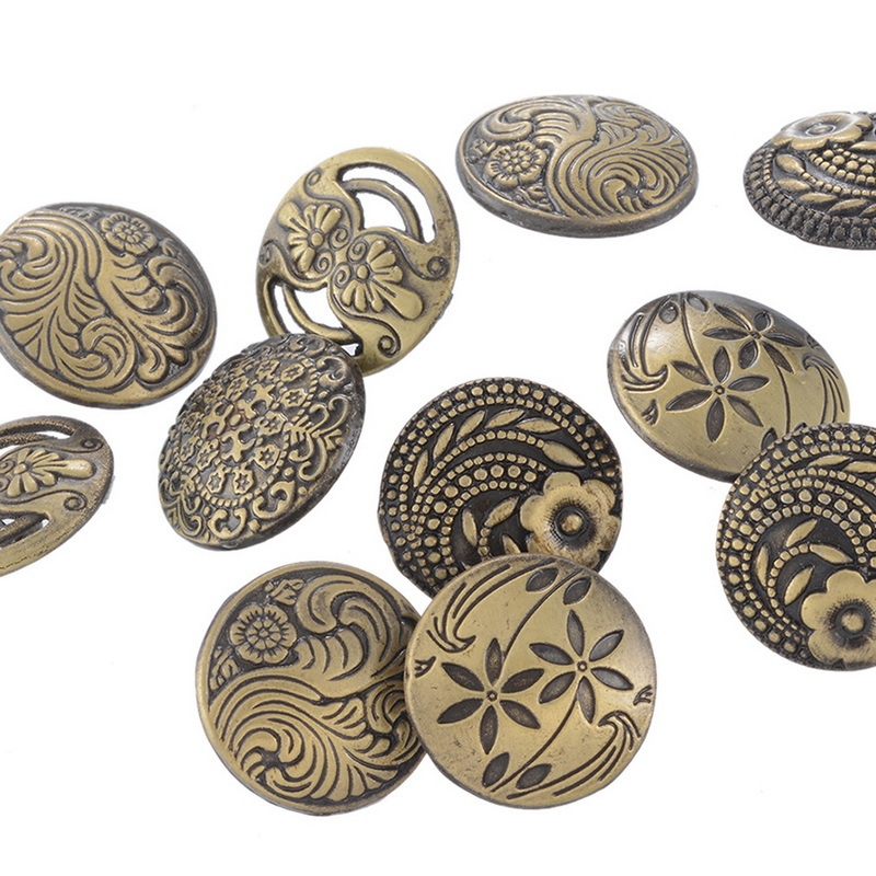17 MM Vintage Buttons Ancient Bronze Mixed Decorative Retro Round Engraved Snaps for Crafting Sewing 50 pcs/lot