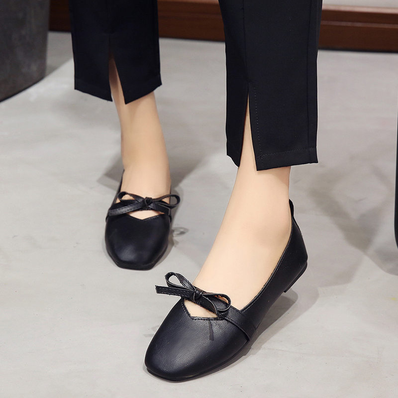 New 2018 Autumn Shoes Women Flats High Quality Soft PU Leather Fashion Ladies Loafers Casual Womens Brand Square Toe Shoes women ladies flats vintage pu leather loafers pointed toe silver metal design