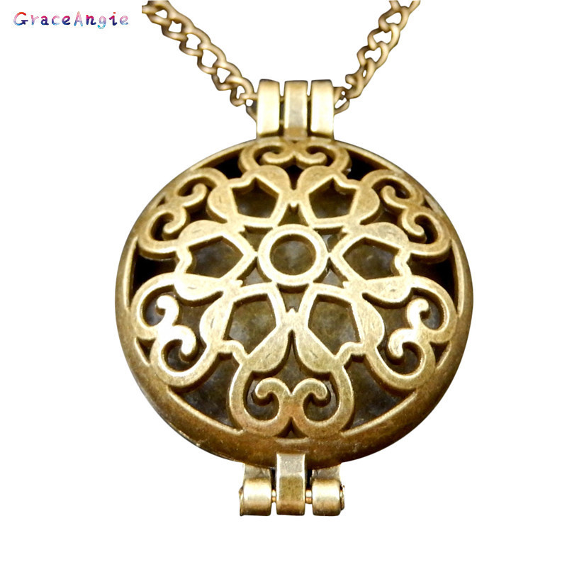 GraceAngie Pad for Perfume Hollow Locket Essential Oil Aromatherapy Diffuser Gift Beauty Punk Fragrance Fashion Girl Necklace