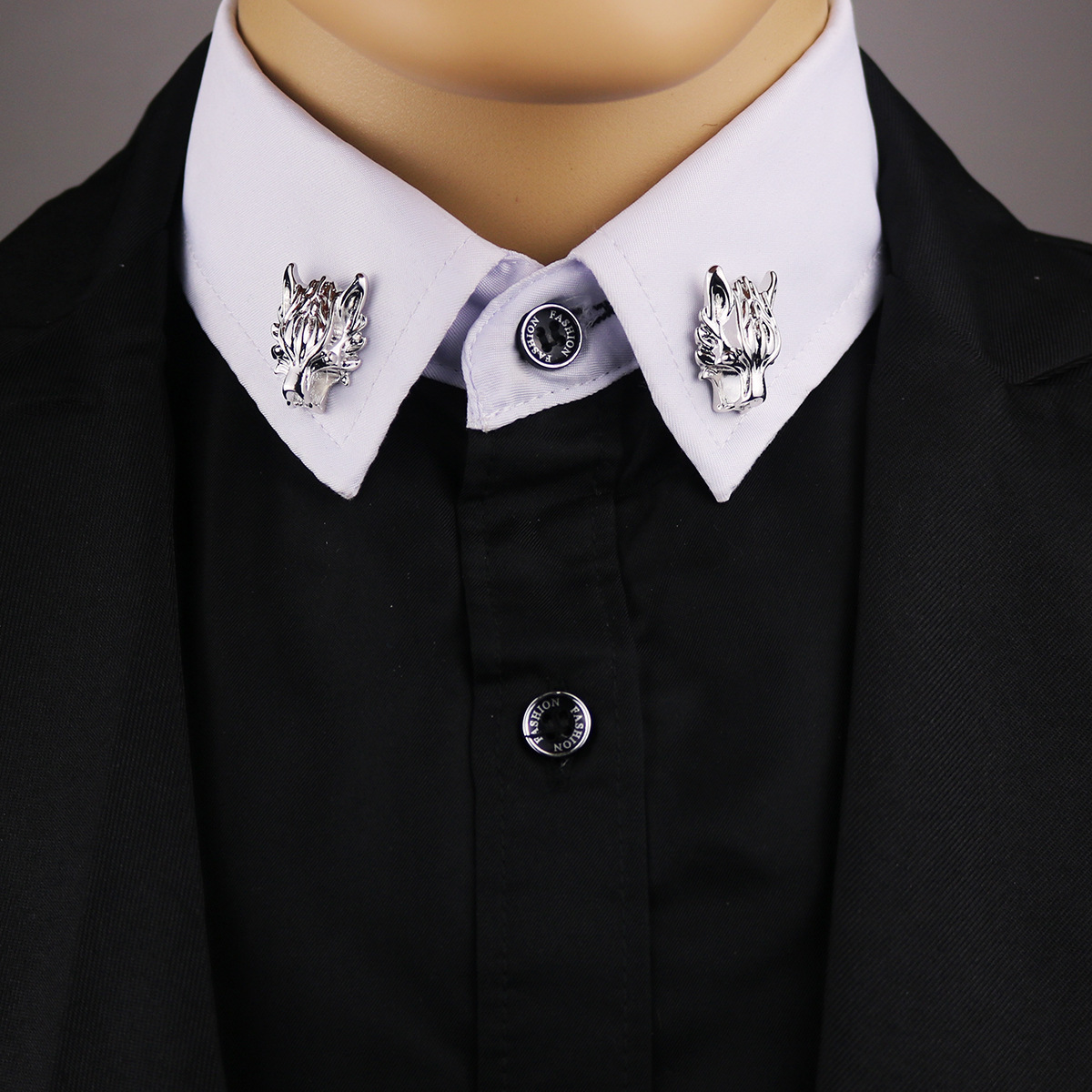 Trendy Long Chain Animal Brooch Gold Color  Wolf Head Type Pin Formal Suit Shirt Collar Neckline Accessories For Men Or Women
