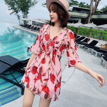 2019 Sexy New Arrival Mujer Two Piece Suits Red Floral Ruffle Swimsuit Vintage Halter Swimming Suit For Women Bandage Beachwear