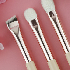 Image 4 - BEILI capelli di capra rosa fondotinta essenziale ombretto miscela evidenzia correttore 12 pezzi Set di pennelli per trucco puntale dorato rosa