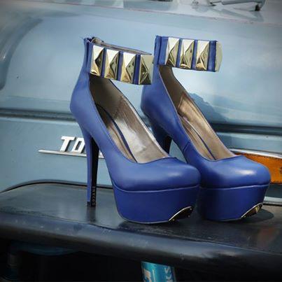 ФОТО High heels Fashionable joker stiletto heel shoes high waterproof stage single party shoes big yards